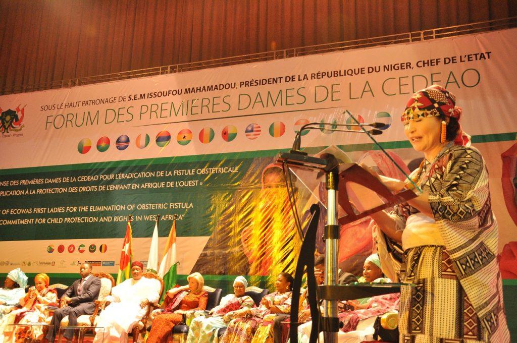 La Coréenne Nam Hee KIM, distinguée GOOD MOTHER OF WEST AFRICA par le Forum des Premères Dames de la CEDEAO