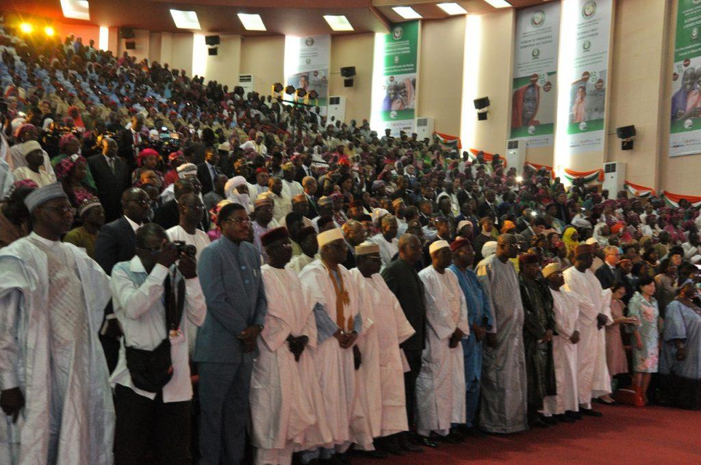 Vue des Participants à la cérémonie d'ouverture du Forum des Premières Dames